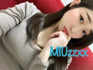 MIUzzxx Live